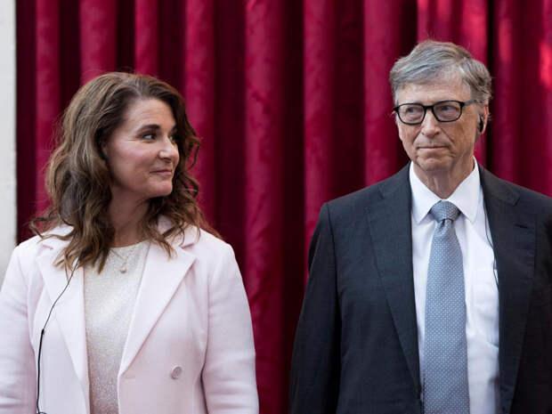 СМИ: Билл Гейтс преследовал сотрудниц Microsoft задолго до заявления о разводе, а с одной из них изменял жене
