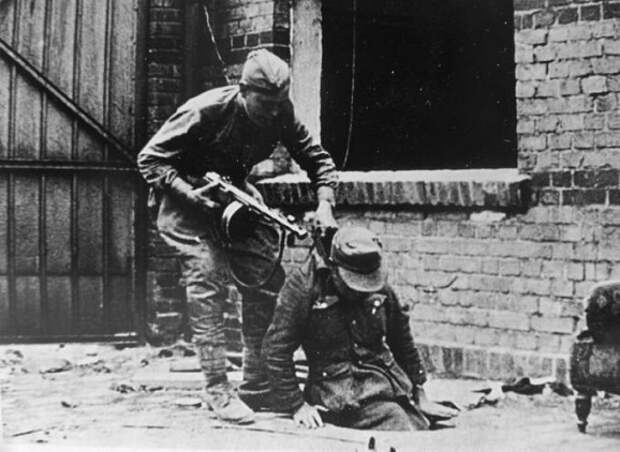 Какие солдаты Гитлера продолжили воевать после капитуляции Германии