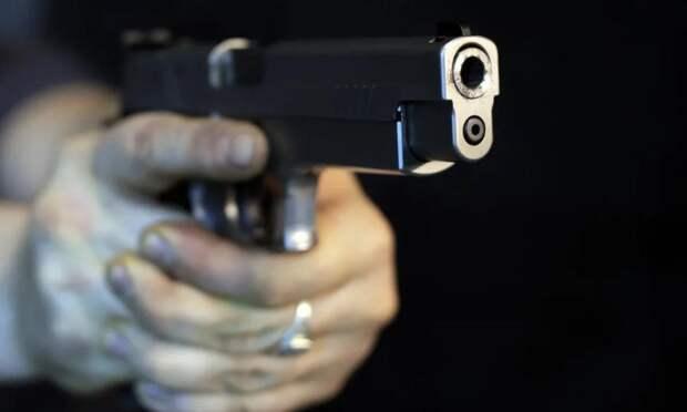 В Архангельске мужчину, устроившего стрельбу возле жилого дома, приговорили к двум годам колонии