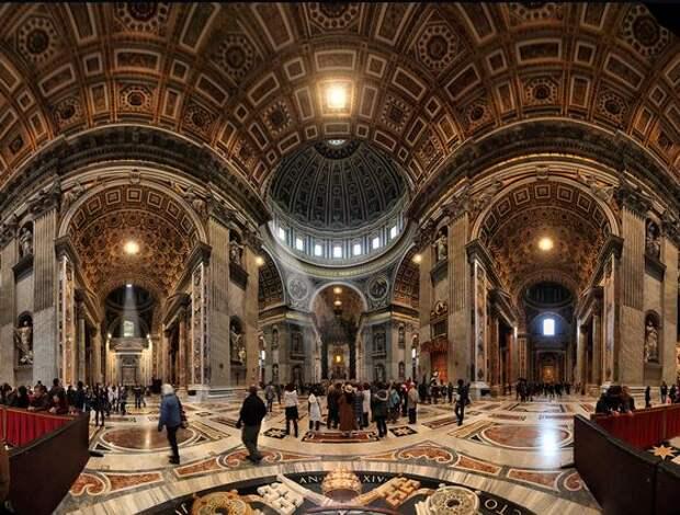 Самый большой собор в мире внутри