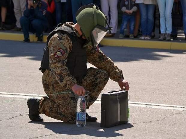 В Ростове-на-Дону неизвестный заявил о заложенной в ТЦ бомбе и потребовал за «разминирование» $2млрд