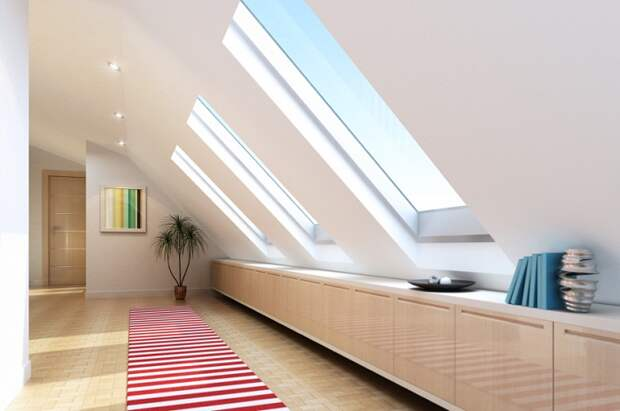 Красивое оформление пространства под чердаком, что добавит полезной площади дому.