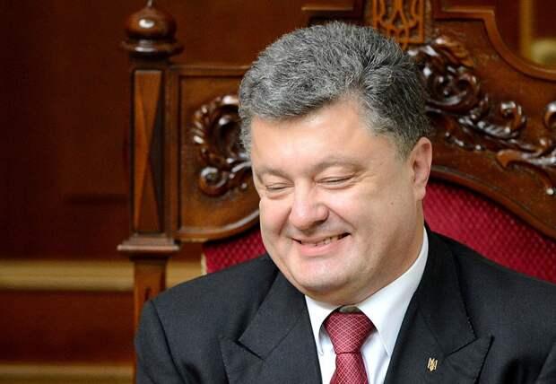Пьяный Порошенко поблагодарил ВСУ за то, что они «спасли страну от российской агрессии»