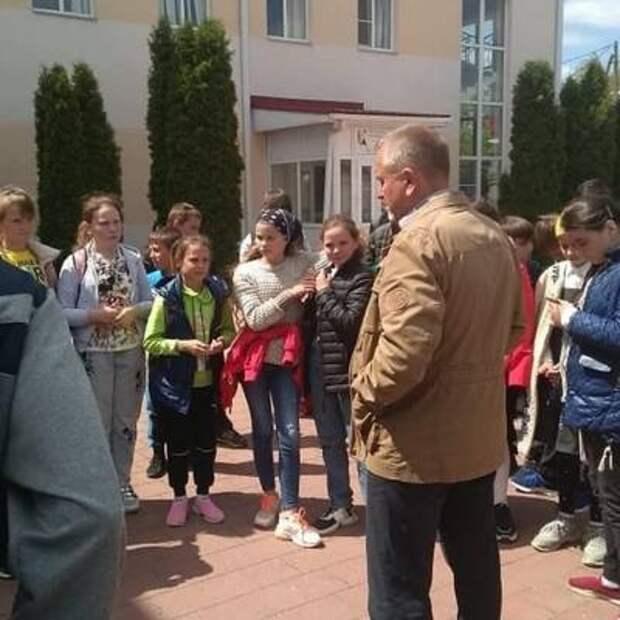 В Новоселицком районе дети побывали на экскурсии в местном семеноводческом хозяйстве