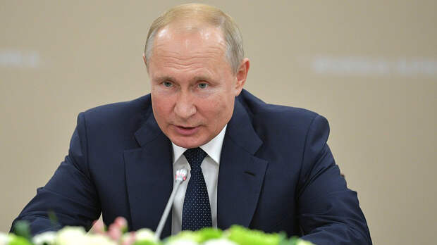 «Пещерные русофобы»: Путин жёстко прошёлся по противникам русского языка