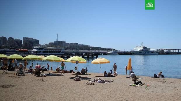 Синоптики назвали даты начала купального сезона на курортах РФ
