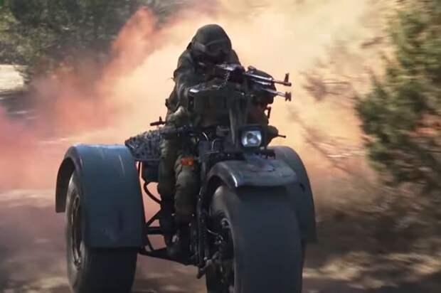 «Байк-убийца»: военные эксперты из США оценили белорусский военный трицикл «Конунг»