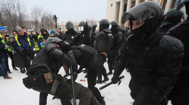 СК назвал опаснейшими людьми Петербурга «агрессивно настроенных неудавшихся бизнесменов»