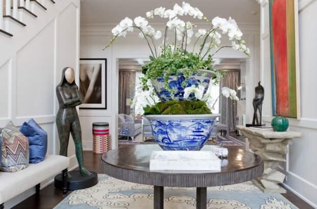 Цветы - один из способов создать приятный аромат в доме.