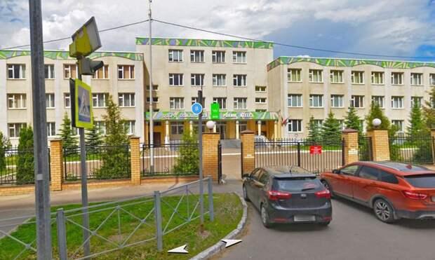 «Чужих детей небывает»: казанцы скорбят опогибших в175-й школе
