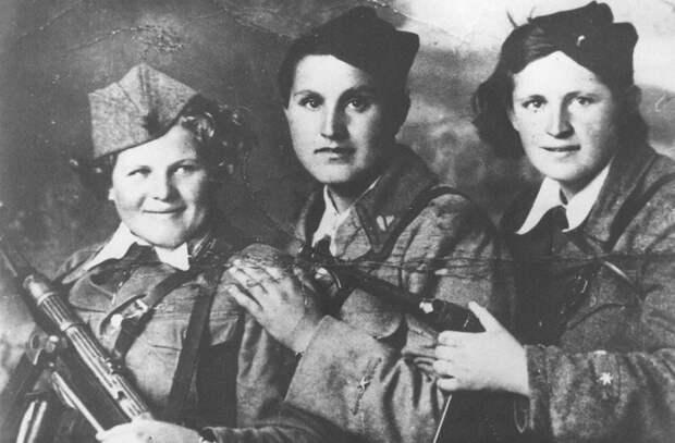 Женщины в Великой Отечественной войне.