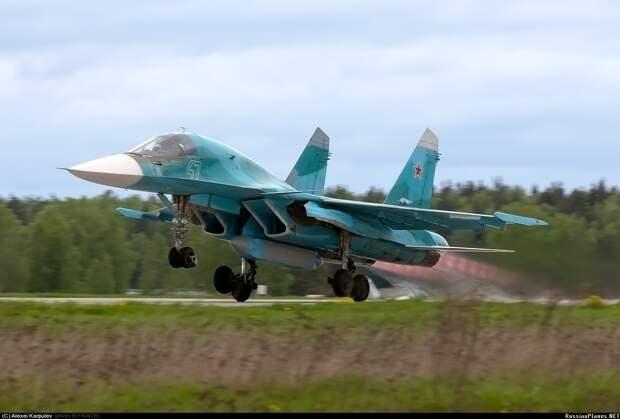 ВКС России получат первые восемь модернизированных самолетов Су-34М