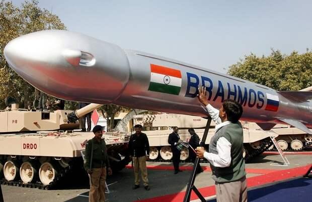 Российско-индийский успех: первая ракета «Брамос» готова для проведения испытаний