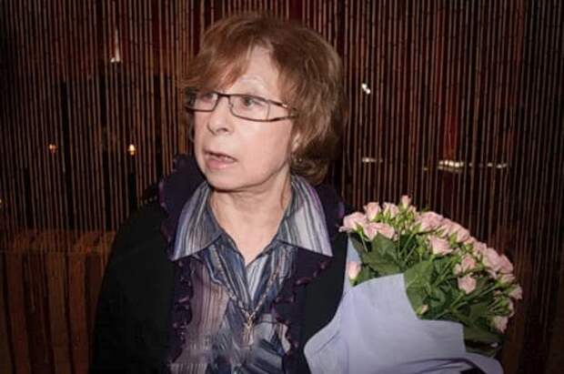 «Если муж уйдет – мне конец»: Ахеджакова высказалась о критике