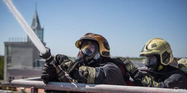 Пожарные. Фото: Управление по ЮВАО Департамента ГОЧСиПБ г.Москвы