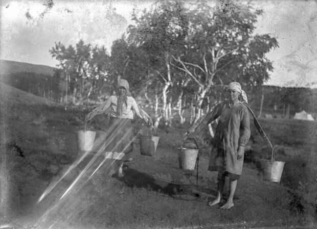 Простые и хорошие люди: снимки сельской молодежи СССР