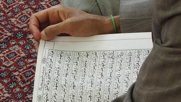 Мусульмане встречают Ночь могущества и предопределения