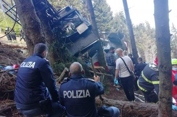 До 13 человек увеличилось число погибших при ЧП на фуникулёре в Италии