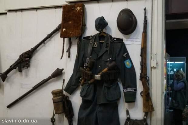 Голос Мордора: Форма солдата СС в музее Славянска как украинская модель мира для Донбасса