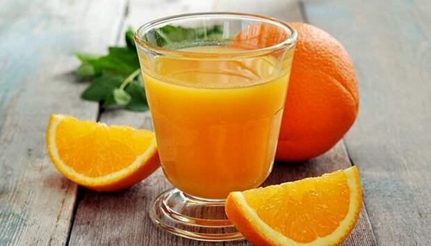 Не стоит выбирать апельсиновый сок в качестве напитка для своего завтрака. /Фото: recept.ua