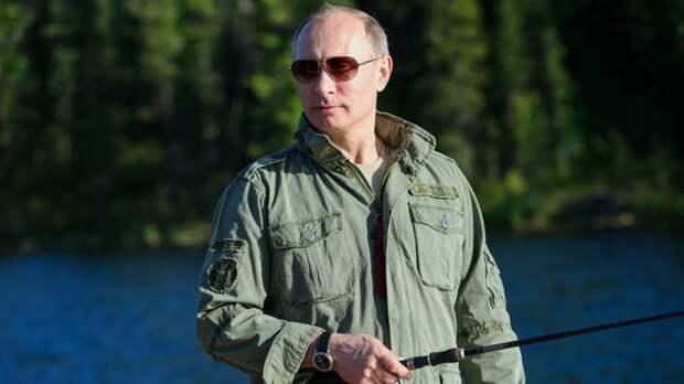 Песков рассказал, что у Путина не будет полноценного летнего отпуска