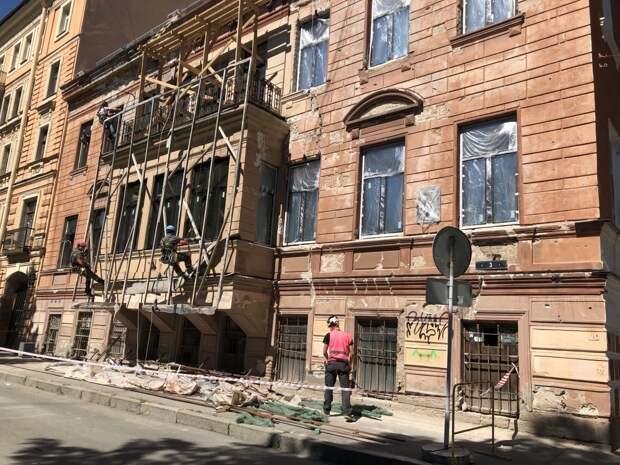 Эфир: Проблема разрушения старинных зданий — восстанавливать или строить новые