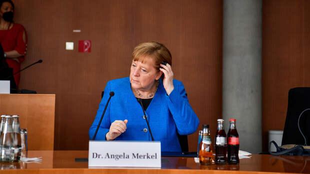 """Меркель: ФРГ и США """"на правильном пути"""" по вопросу """"Северного потока - 2"""""""