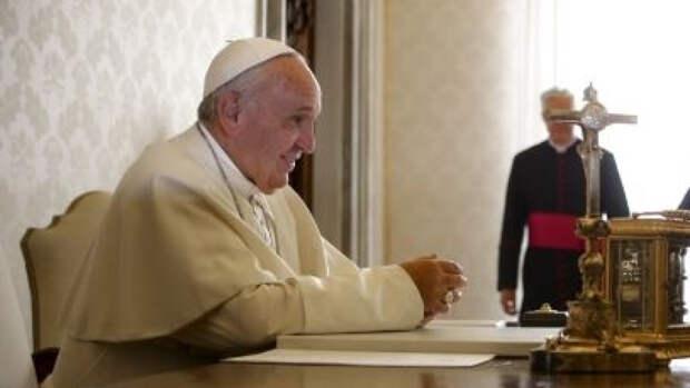 Папа римский призвал снизить напряженность на востоке Украины