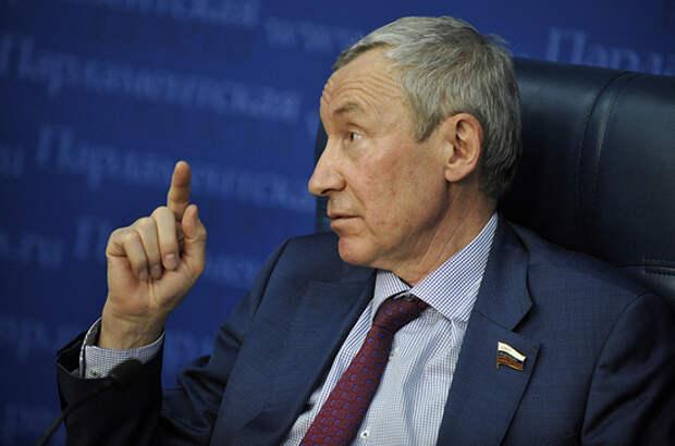 Климов объяснил решение США выслать из страны 10 российских дипломатов