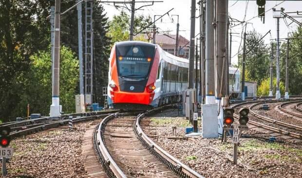 Поезда и аэроэкспресс задерживаются на Савеловском направлении
