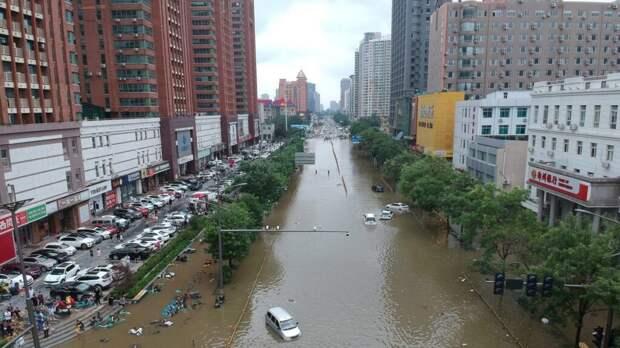 На Китай обрушились ливни, самые мощные за последнее тысячелетие