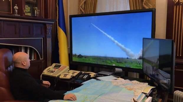 Турчинов: Украинская армия вступает в новое обострение на Донбассе ослабленной
