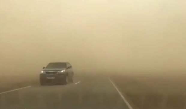На Ставропольский край обрушилась пыльная буря