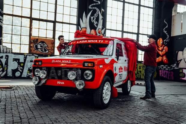В Швейцарии представили гоночный внедорожник для «Дакара», который сделали из «Нивы» 1984 года