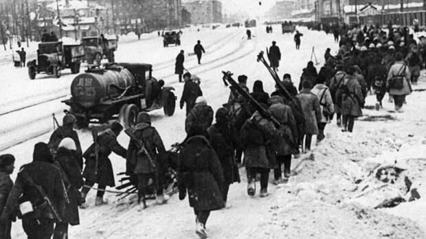 Ленинградская эпопея - одна из самых трагичных страниц войны.  Фото: kesovagora.tverlib.ru.