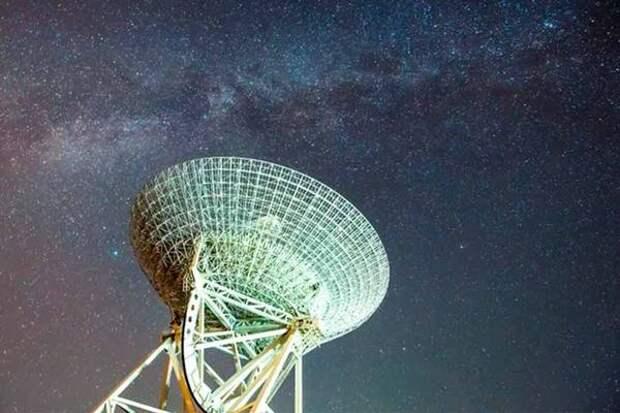 Ученые обнаружили еще один «странный радиокруг» у далекой галактики