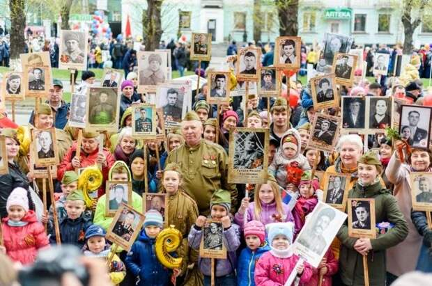 Почему в Белоруссии и Казахстане запретили шествие «Бессмертного полка»