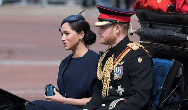 «Позор!»: Маркл и принца Гарри растоптали за дешевый пиар