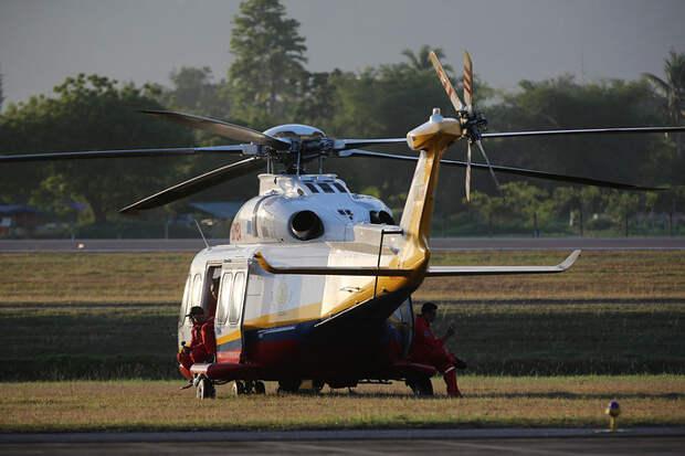 Вертолет Ми-17 пожарно-спасательного подразделения МЧС Малайзии