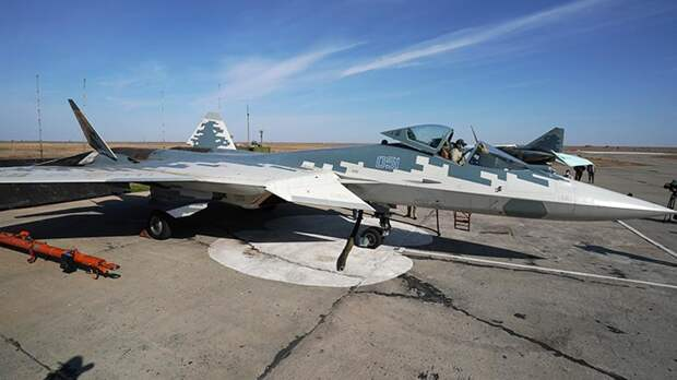 ВКС РФ получат четыре истребителя пятого поколения Су-57 в 2021 году