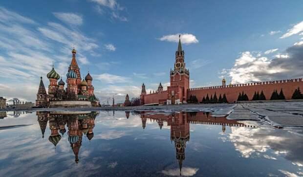 Москва и Петербург запустят совместные программы детского туризма