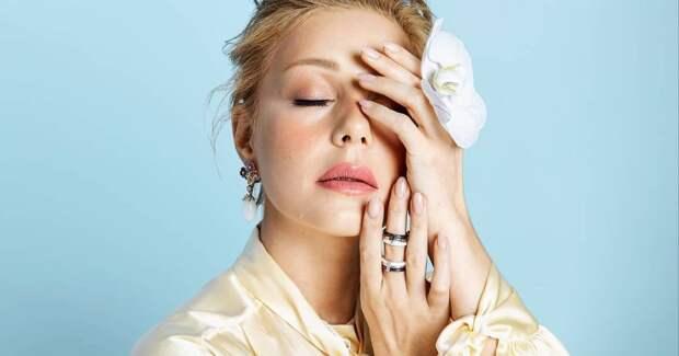 Тина Кароль в годовщину свадьбы с покойным мужем показала редкие снимки с торжества и обручальные кольца
