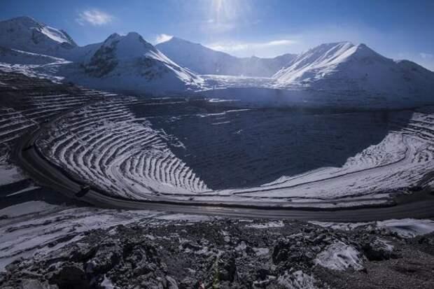 ЕБРР обеспокоен возможной национализацией рудника «Кумтор» вКиргизии