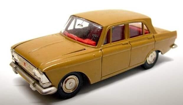 Этот «Москвич-412» 1975 года был продан на интернет-аукционе за 20 тысяч рублей авто, автомобили, коллекционирование, масштабная модель, моделизм, модель автомобиля, хобби