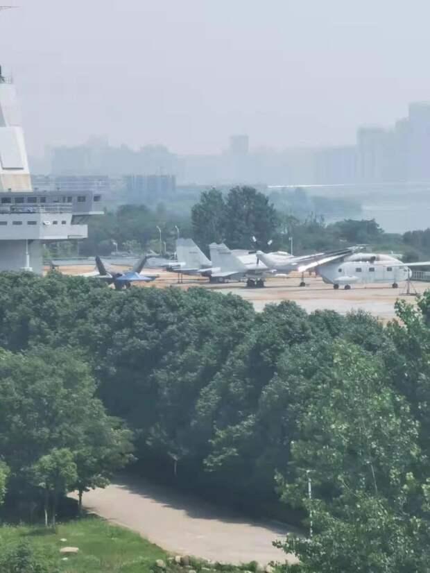 3-й авианосец и 3-й вертолетоносец НОАК. Июнь 2021