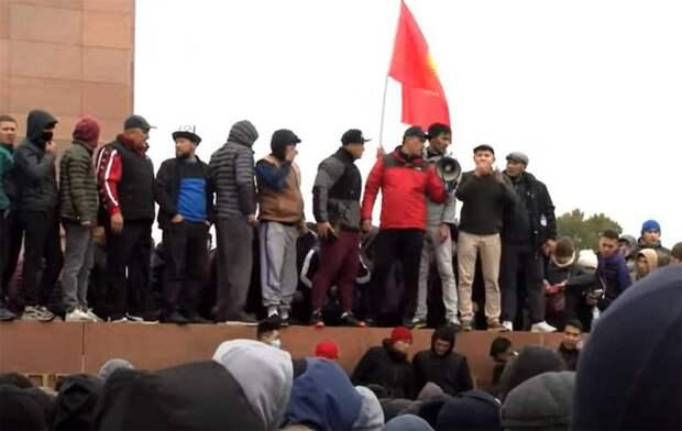 Киргизия сегодня: «юрты протеста» на улицах и вакуум власти