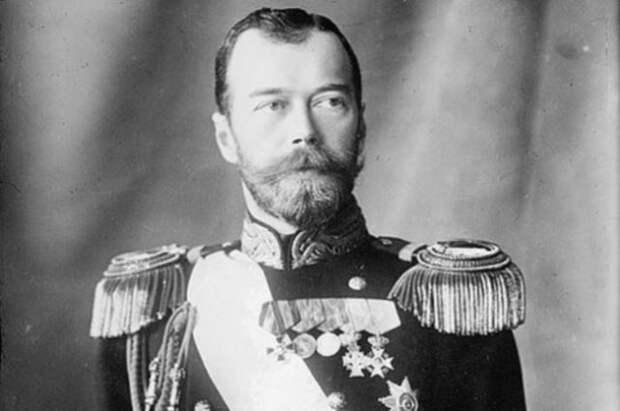 Николай II, он же «кровавый», он же «страстотерпец», он же просто «Ники»
