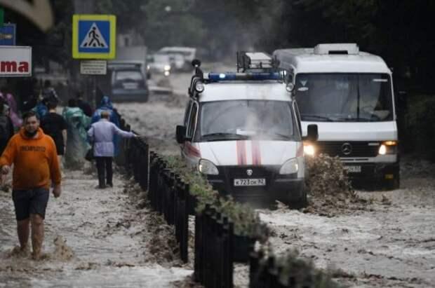 Навосстановление затопленных дорог вКрыму потребуется около 5,5 млрд рублей