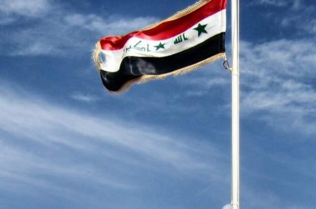 Два человека погибли и 14 пострадали при взрыве в Багдаде