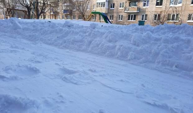 Глава Орска получил представление от прокуратуры за плохую уборку снега